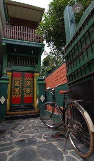 Kampoeng Djawa Guesthouse Yogyakarta - Hotel Entrance