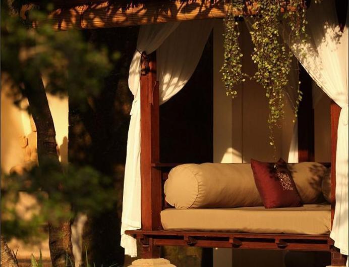 The Ubud Village Resort & Spa Bali - Guestroom