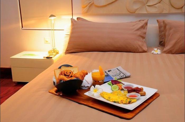 C151 Luxury Smart Villas Resort Bali - Room Service - Dining