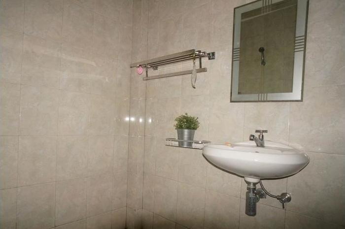 Villa Mataano Lombok - Bathroom Sink