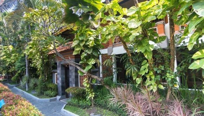 Dewa Bharata Bungalows Legian Bali - Sekeliling