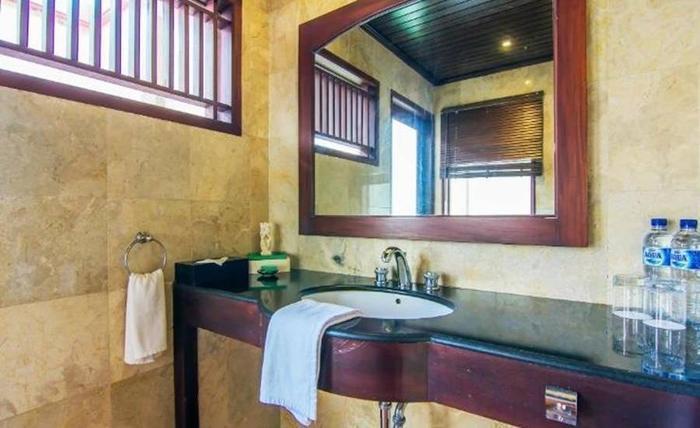Ijen Resort & Villas Banyuwangi - Kamar mandi