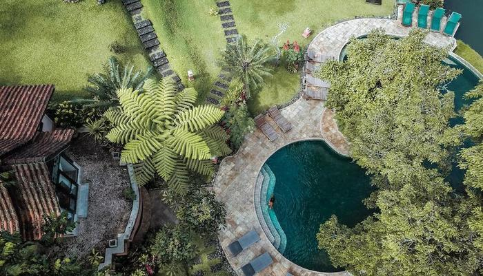Ijen Resort & Villas Banyuwangi - Ijen Resort and Villas - Pool