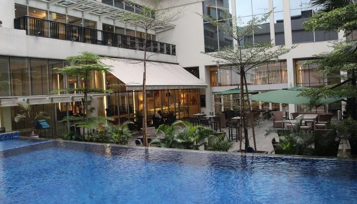 All Seasons Gajah Mada - Pool