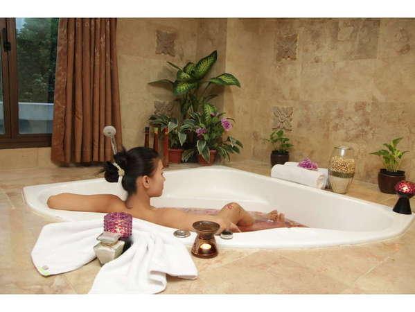 Hotel Kaisar Jakarta - Amore Spa