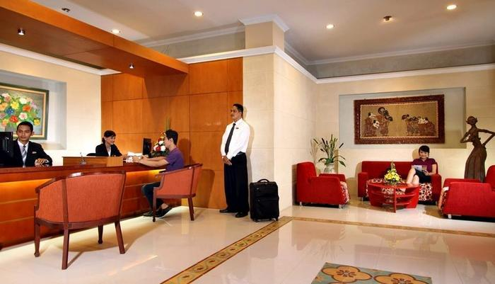 Cakra Kembang Hotel Yogyakarta - Lobi