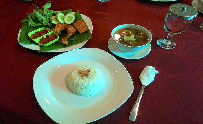 Hotel Wisata Baru Serang - Makanan dan minuman