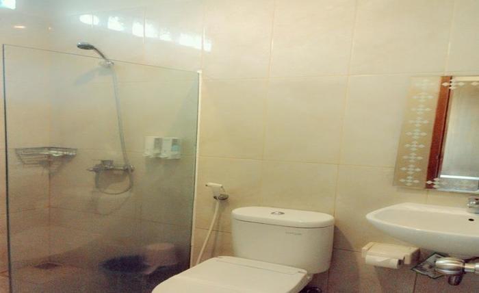 Hotel Wisata Baru Serang - Kamar mandi
