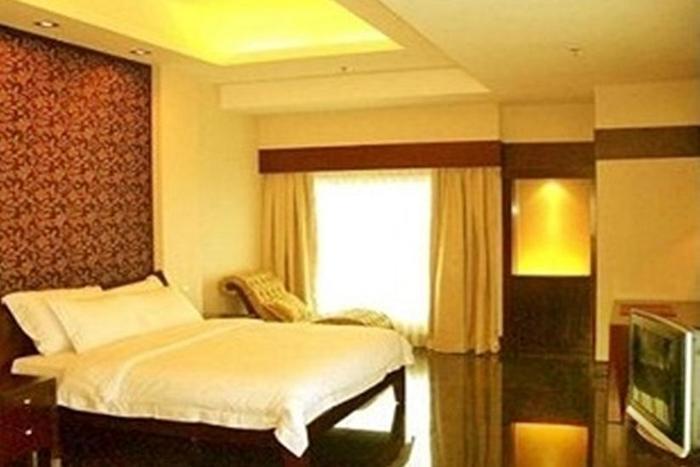 Manhattan Hotel Jakarta - Ambassador Room