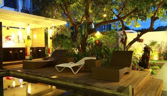 Gosyen Hotel Bali - Area Kolam Renang