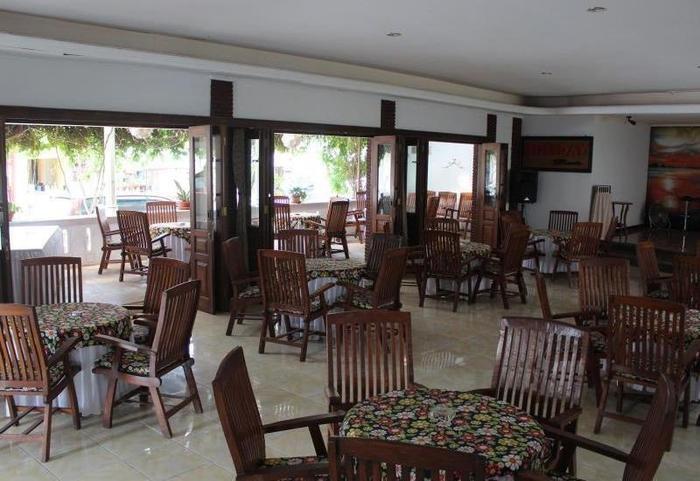 Holiday Beach Inn Pangandaran - Restoran