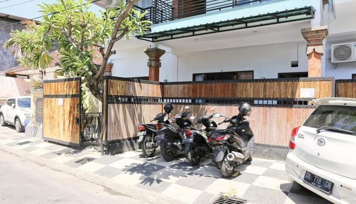 RedDoorz @Pulau Misol Street Bali - Eksterior
