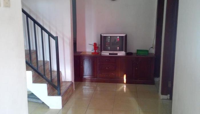 Tar Tar Homestay Malang - Living Room