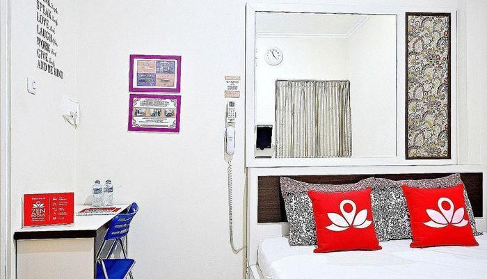 ZenRooms Cideng Barat - Tempat Tidur Double