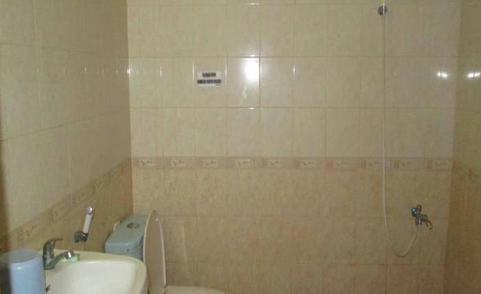 Hotel Istana Makassar Makassar - Kamar mandi