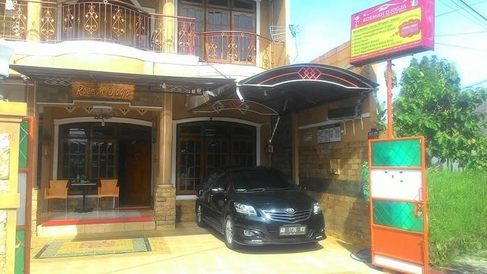 Roemah Djogja Family Guest House Yogyakarta - Area Gerbang Depan