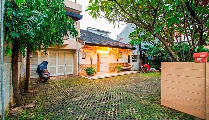 RedDoorz @Mampang Prapatan Jakarta - Eksterior