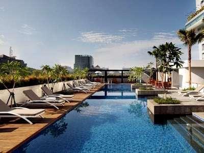 Hotel Santika Medan Medan - Swimming Pool