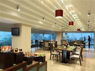 Hotel Santika Medan Medan - Restoran
