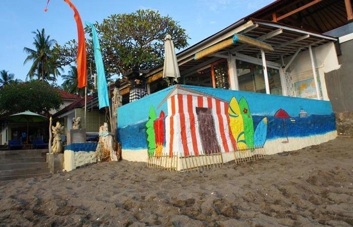 At The Beach Candidasa Bali - pemandangan