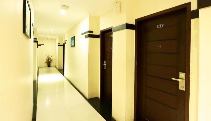 Hyper Inn Bandung - Coridor
