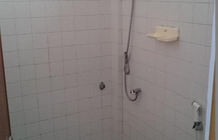 Penginapan Surya Hotel Serang - Kamar mandi