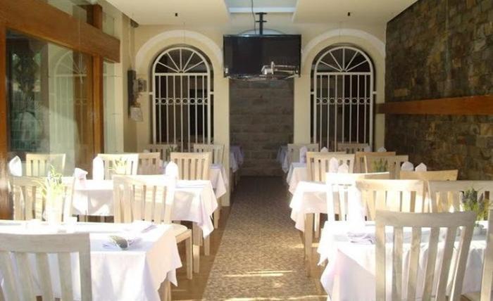 Tinggal Standard Malang Jalan Lamongan - Restoran