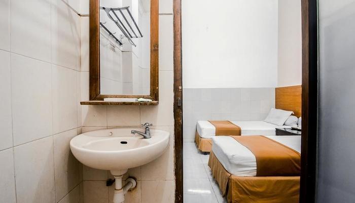 Hotel Djagalan Raya Surabaya - Kamar mandi deluxe