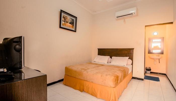 Hotel Djagalan Raya Surabaya - Standard Room