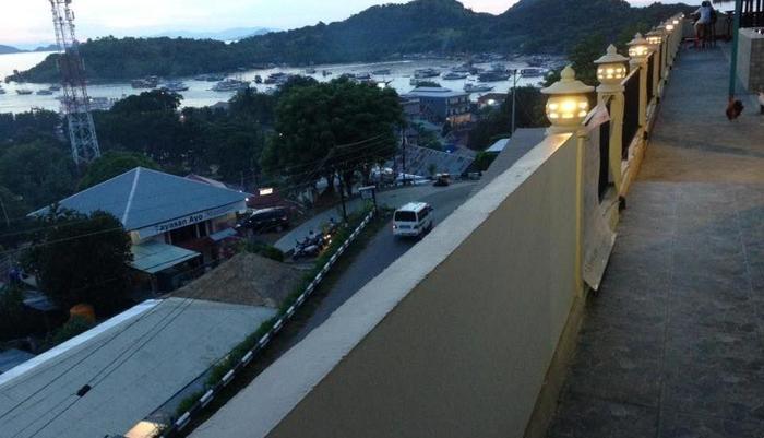 Mawar Hotel Labuan Bajo Flores - View