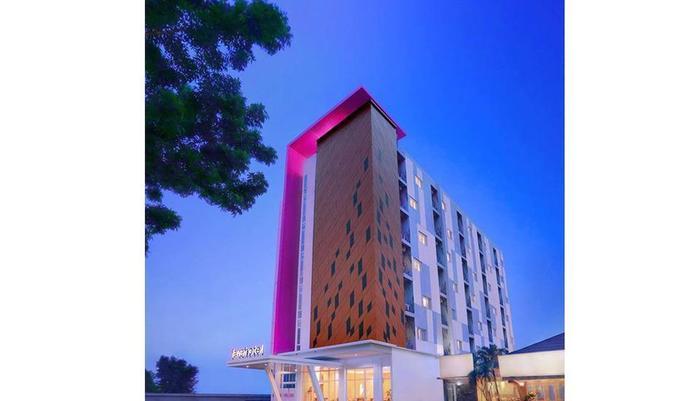 favehotel Diponegoro - Tampilan Luar Hotel