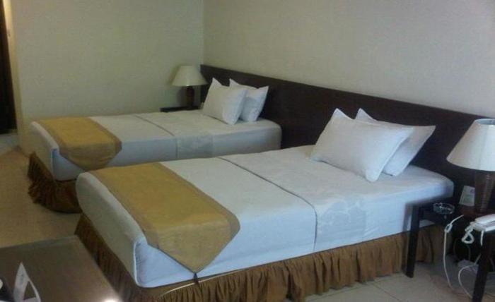 Atsari Hotel Parapat Parapat - Kamar tamu