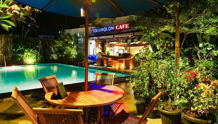 Atsari Hotel & Bungalow Parapat - Kolam Renang
