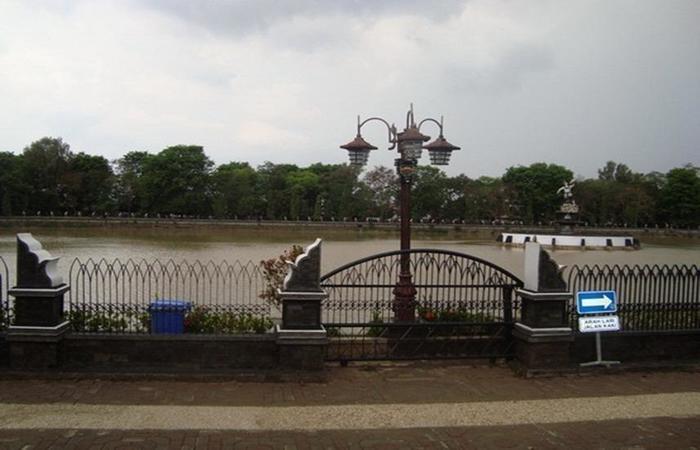 Grand Situ Buleud Hotel Purwakarta - Eksterior
