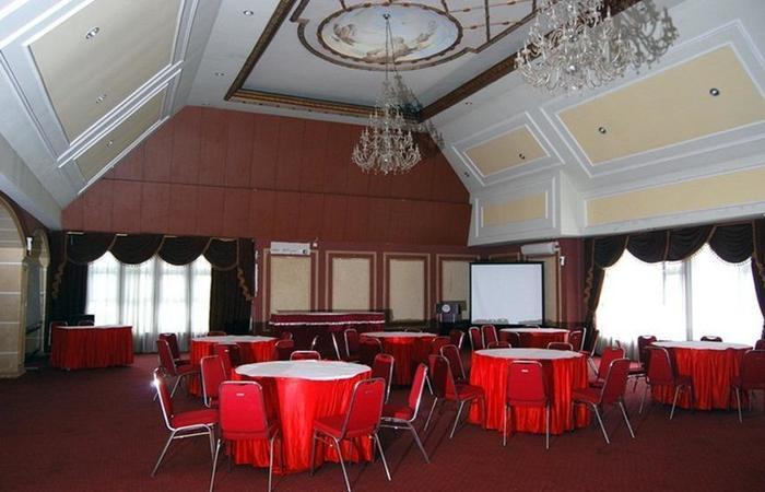 Grand Situ Buleud Hotel Purwakarta - Restoran