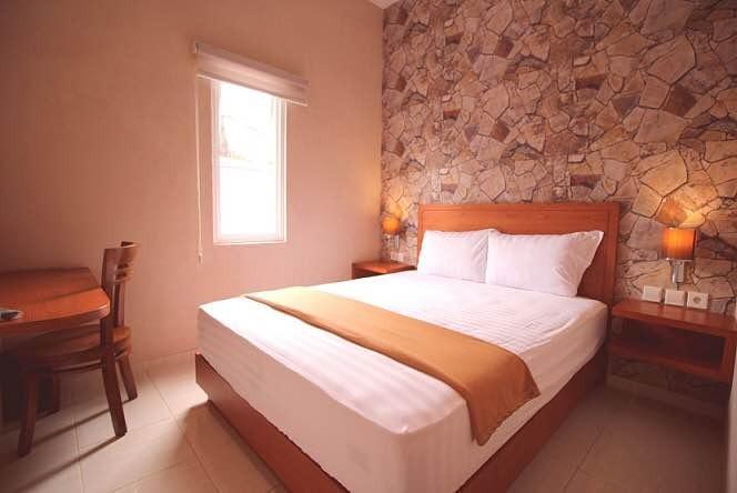 Amaya Suites Hotel Yogyakarta - Kamar tamu