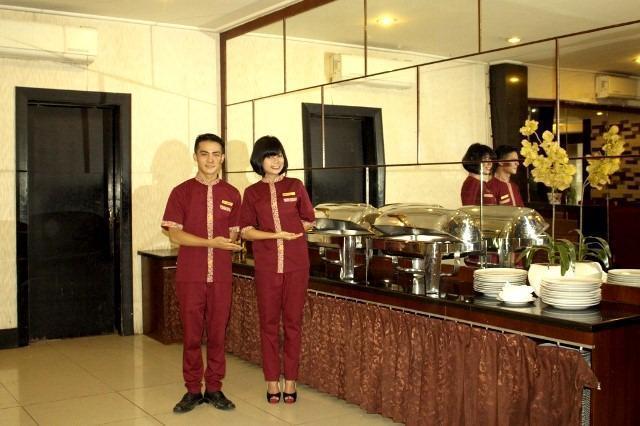 Hotel Makassar Marine Makassar - Resto