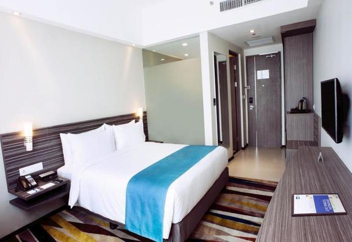 Holiday Inn Express Surabaya Central Plaza Surabaya - Kamar tamu