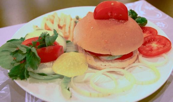 Saka Hotel Medan - Makanan