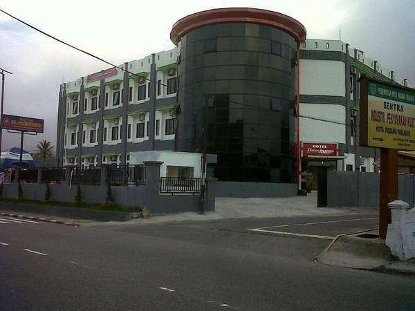 Flaminggo Hotel Padang - Tampilan