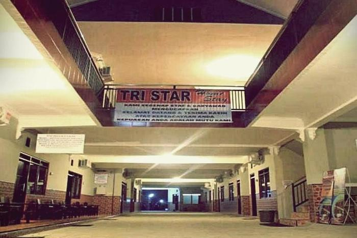 Tristar Homestay Madiun - Area parkir