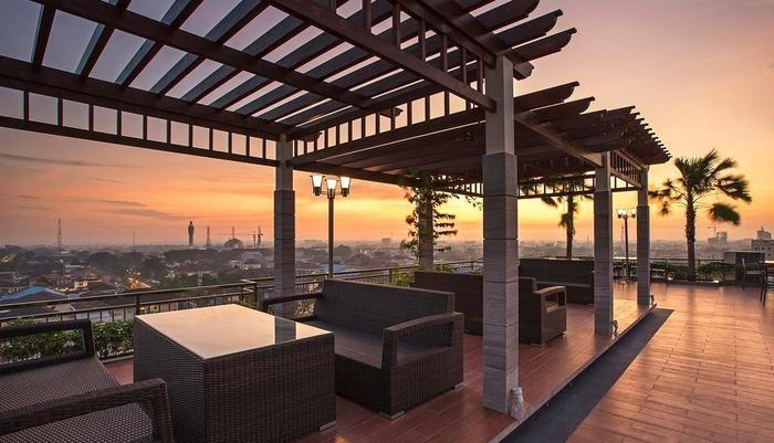 Star Hotel Pontianak - sky garden