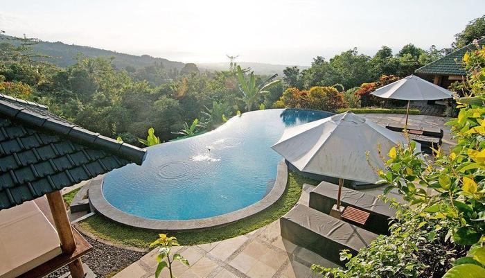 ZenRooms Lovina Ocean View Bali - Kolam Renang