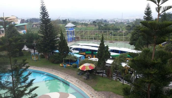 Hotel Surya Indah Batu Malang Malang - pemandangan