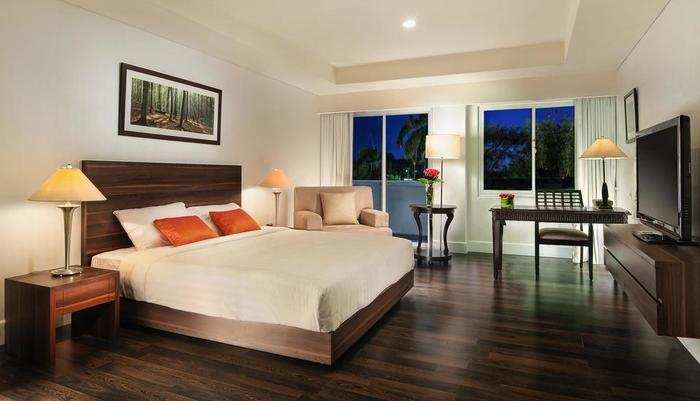 Delonix Hotel Karawang - Garden Wing Studio