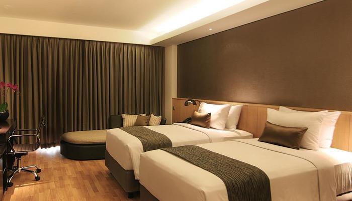 Delonix Hotel Karawang - Golf View Stuido 2