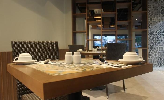 Opi Indah Hotel Palembang - Restoran