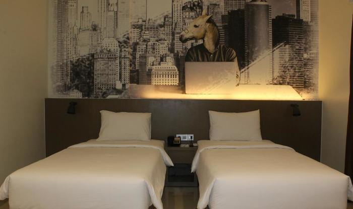 Opi Indah Hotel Palembang - Superior Room