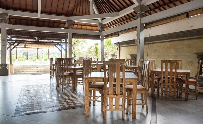 RedDoorz near Batu Belig Beach Bali - Interior