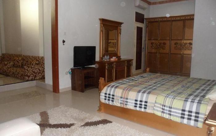 Riyadh Guesthouse Banjarbaru - Kamar tamu